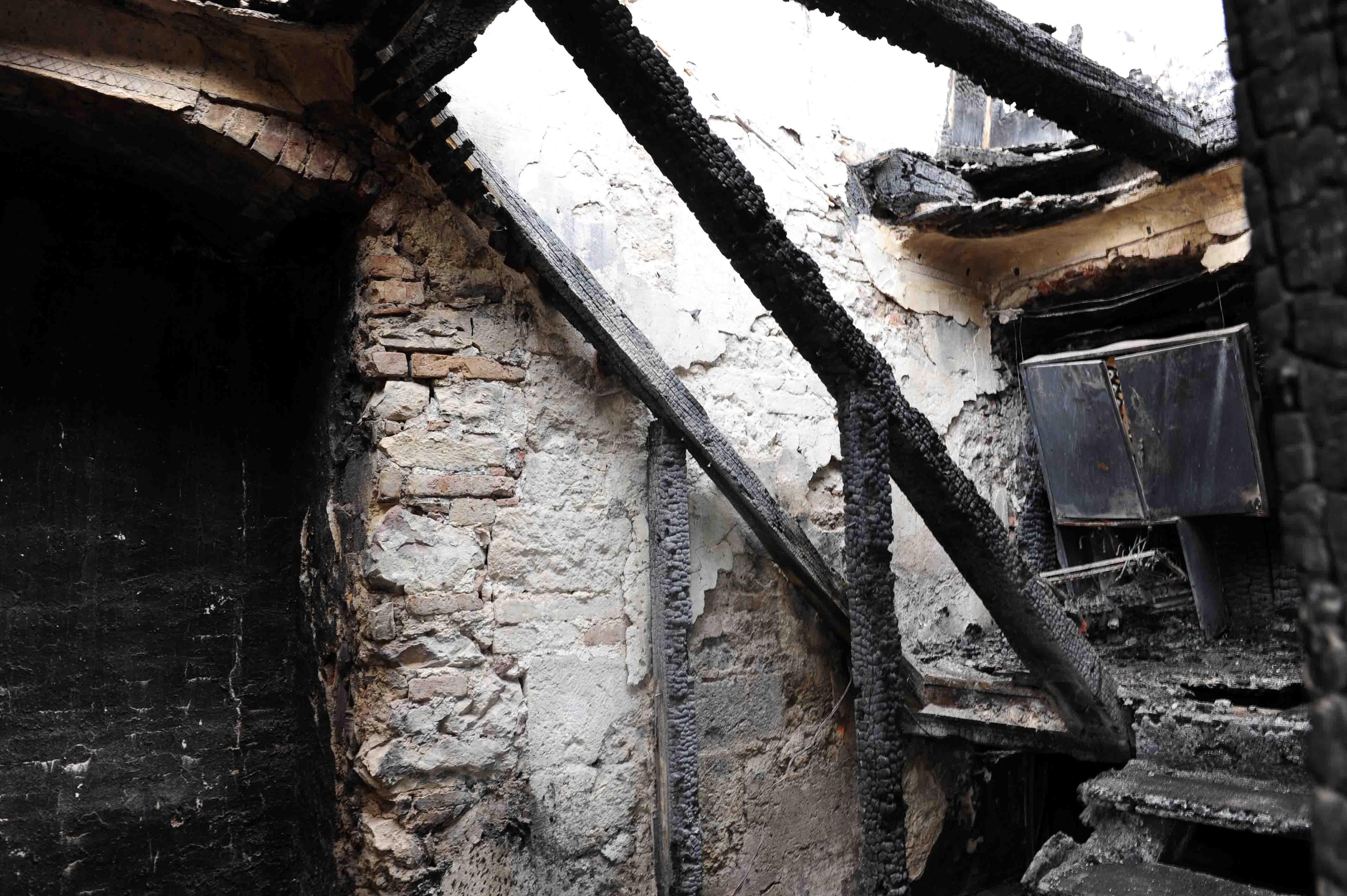 Die Sakristei: von dort aus hat sich der Brand entwickelt. Foto: Maria Steber /pba.