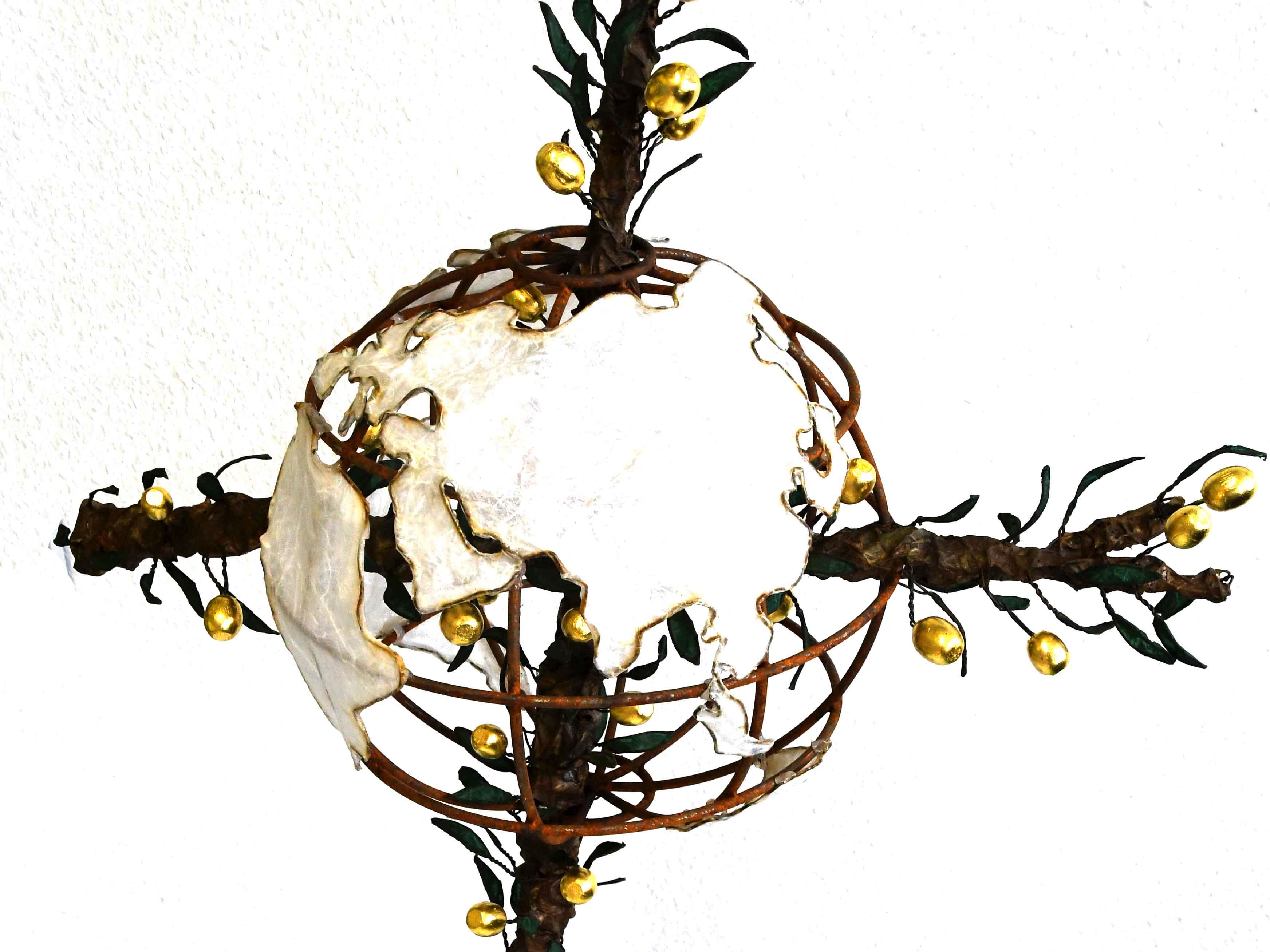 """Der Eichstätter Bildhauer Raphael Graf hat das """"Friedenskreuz 2020"""" gestaltet. (Bild: Adveniat)"""