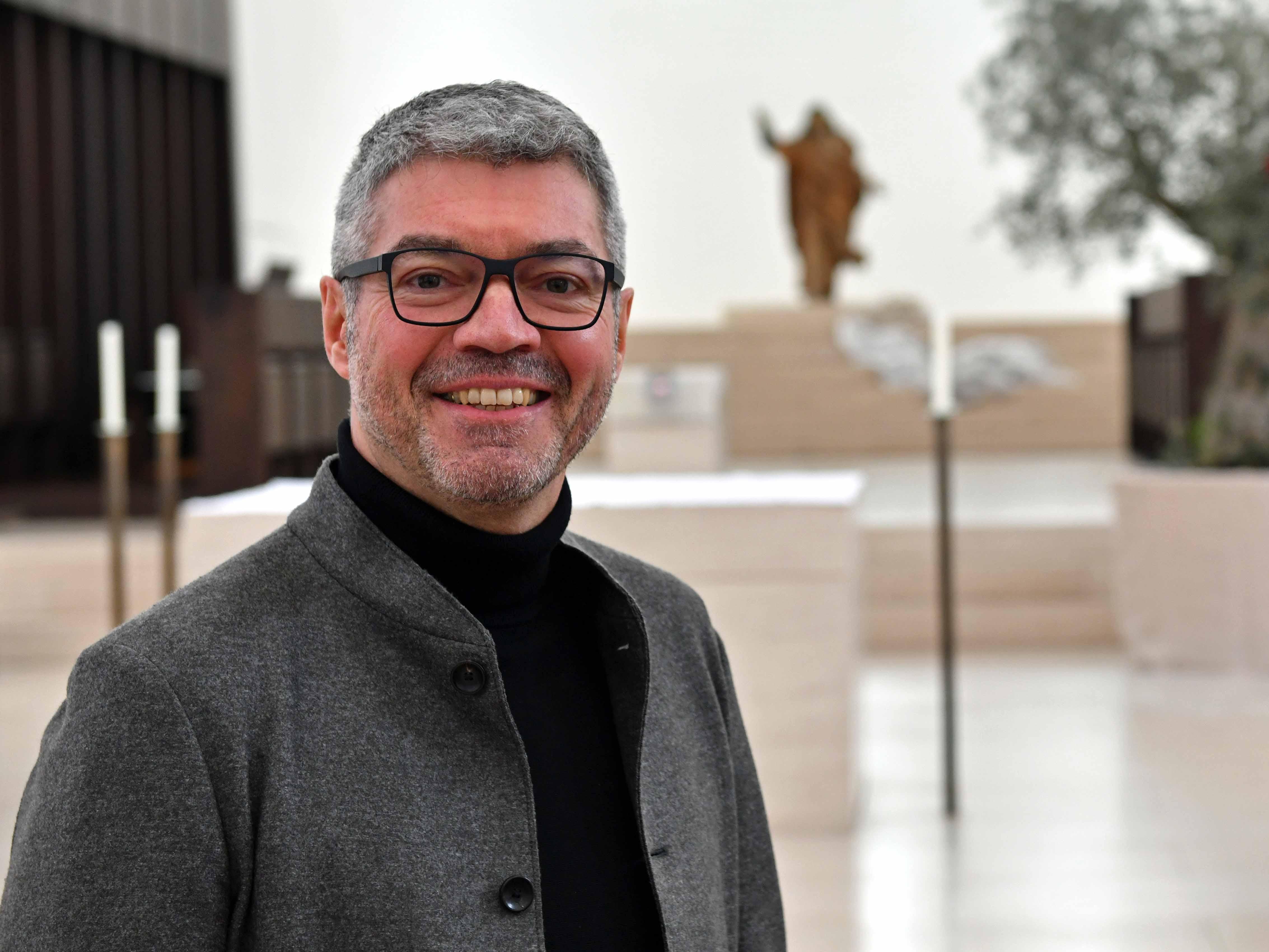 Der Augsburger Stadtdekan Helmut Haug wird ab dem 1. Juli Bischöflicher Beauftragter für Ökumene und interreligiösen Dialog. (Foto: Nicolas Schnall / pba)