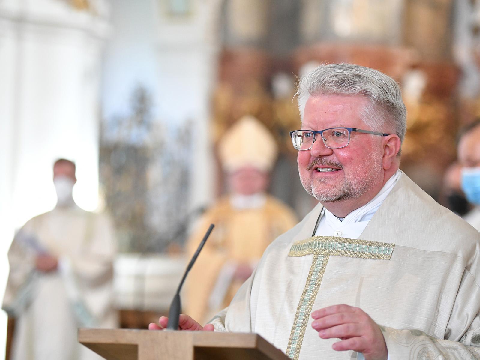 Der neue Wieskurat Pfarrer Florian Geis BGR (Fotos: Julian Schmidt / pba)