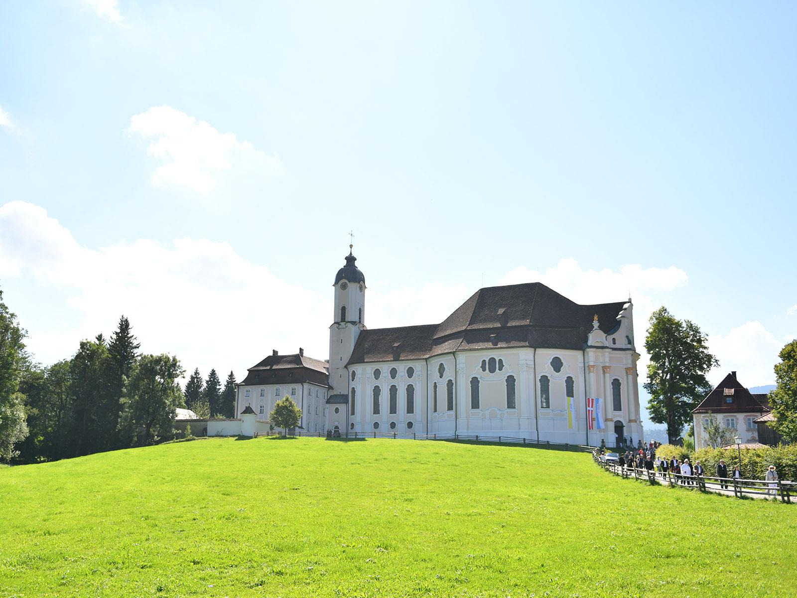 Die Wallfahrtskirche zum Gegeißelten Heiland auf der Wies