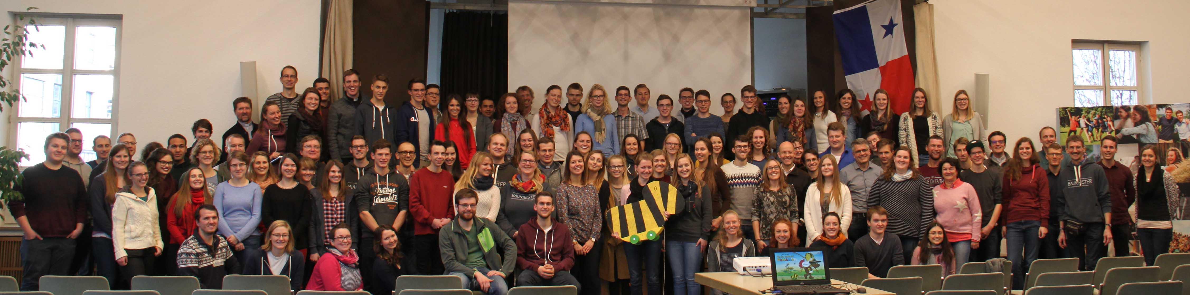 Bei der Fahrt zum Weltjugendtag, die die Jugend 2000 und die Bischöflichen Jugendämter von Augsburg und Eichstätt anbieten, sind 160 Teilnehmer dabei. (Foto: Nathalie Zapf / Katholische SonntagsZeitung)