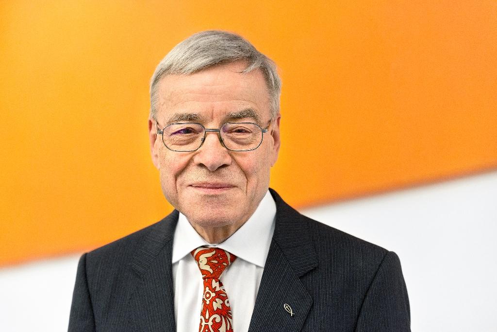 Prof. Dr. Jörg Splett (Fotos: Universität Augsburg/Satzinger-Viel)