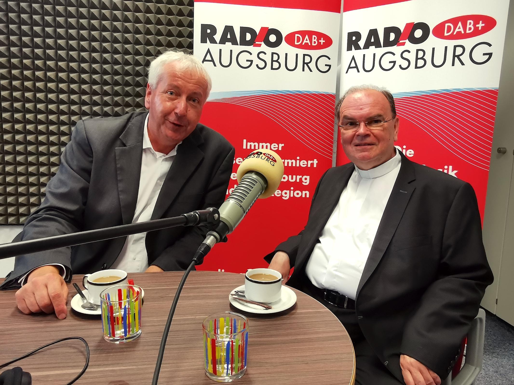 Am Sonntag zu hören: Uli Bobinger im Gespräch mit Diözesanadministrator Prälat Dr. Bertram Meier. (Foto: Radio Augsburg)