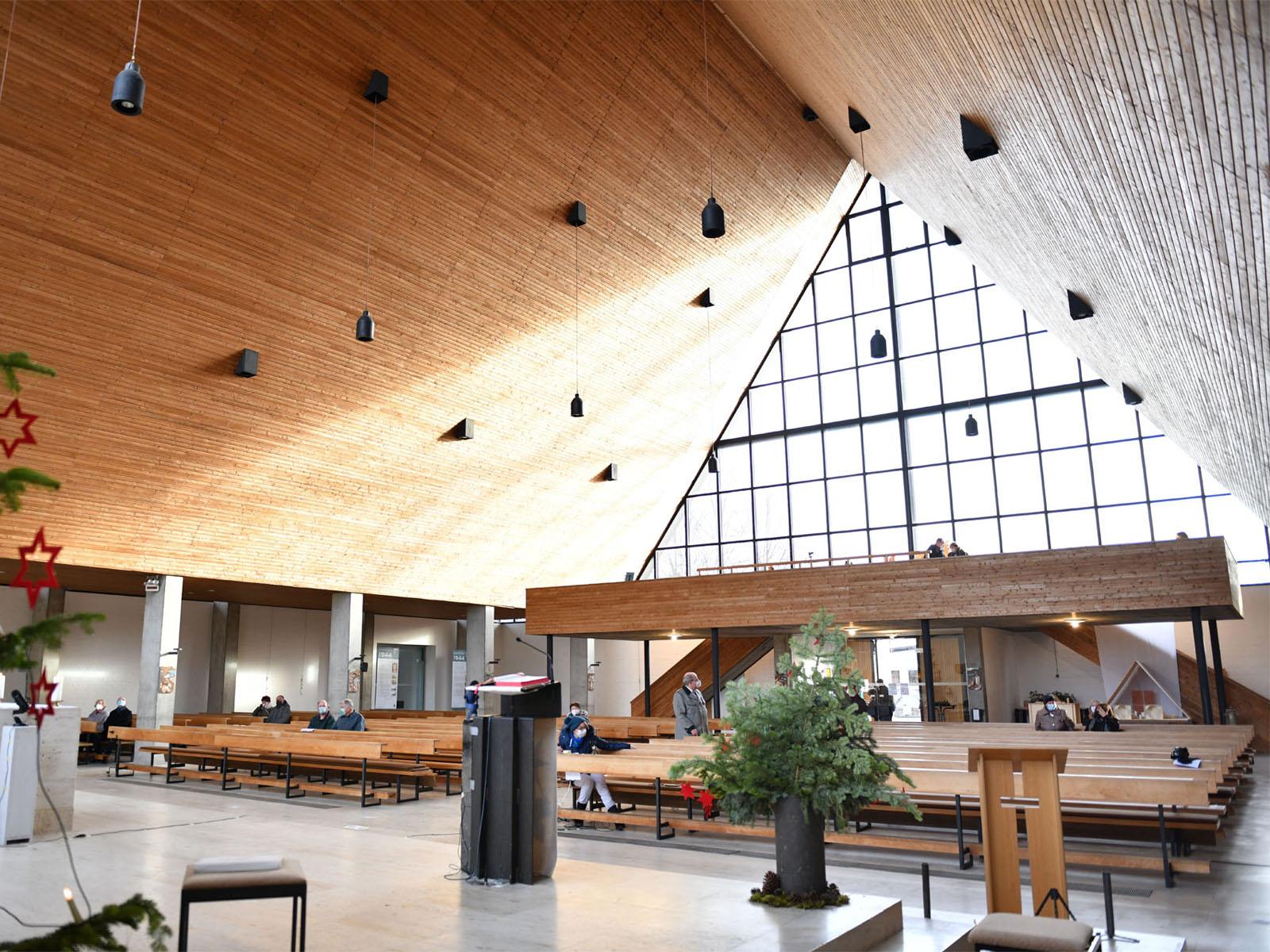 Das Kircheninnere von Alt-St. Martin (Foto: Julian Schmidt / pba)
