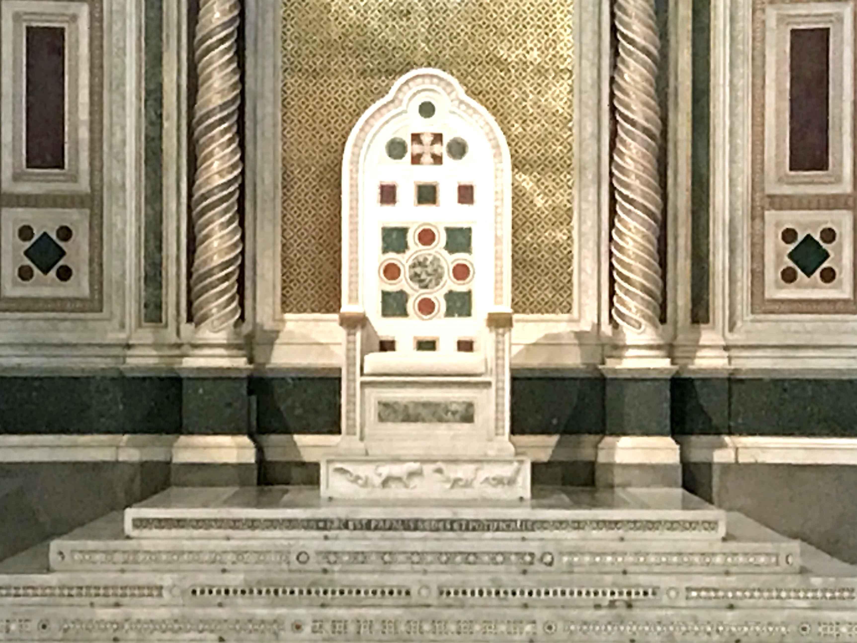 Kathedra in der päpstlichen Lateranbasilika. (Foto: Robert Schmucker)