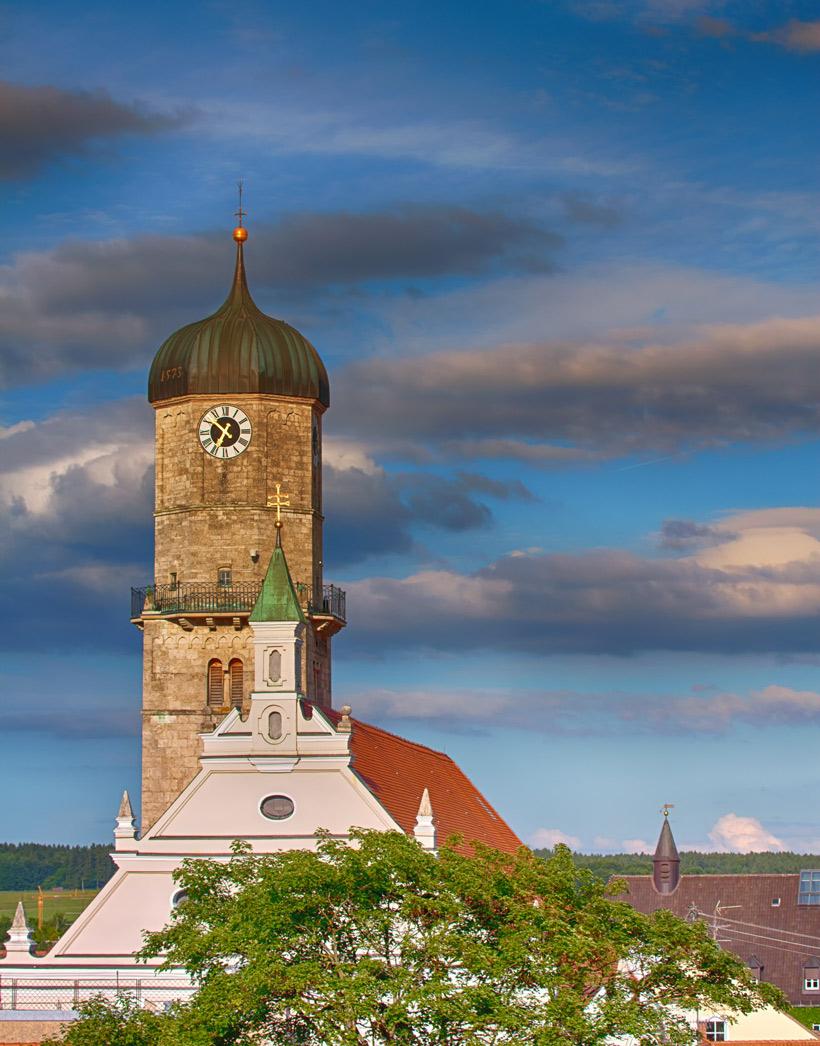 Stadtpfarrkirche Mariä Himmelfahrt in Weilheim. (Foto: HDR-BILDER Dr. O. Mundigl)