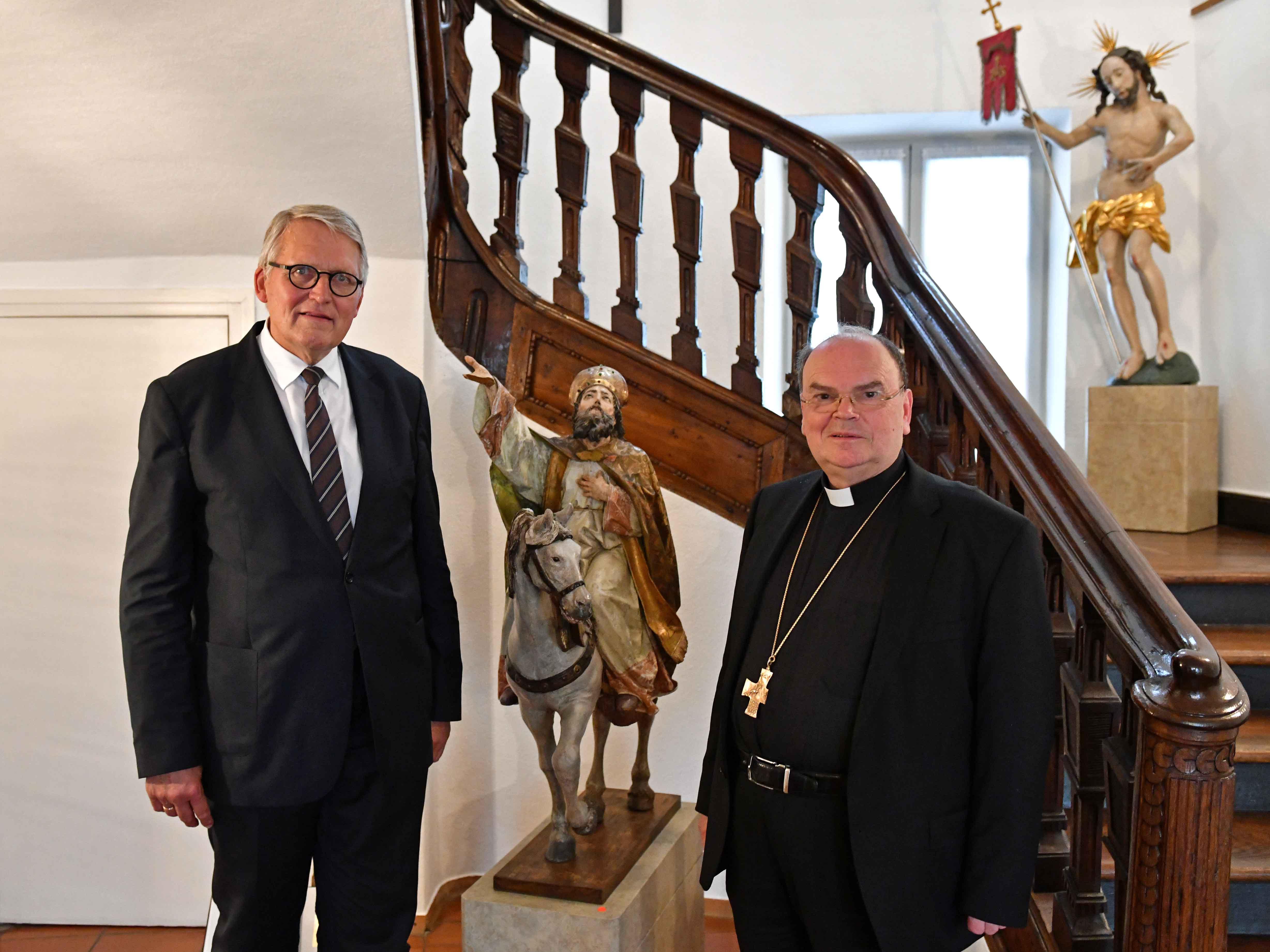 Prof. Dr. Thomas Sternberg zu Gast bei Bischof Bertram. (Foto: Nicolas Schnall / pba)