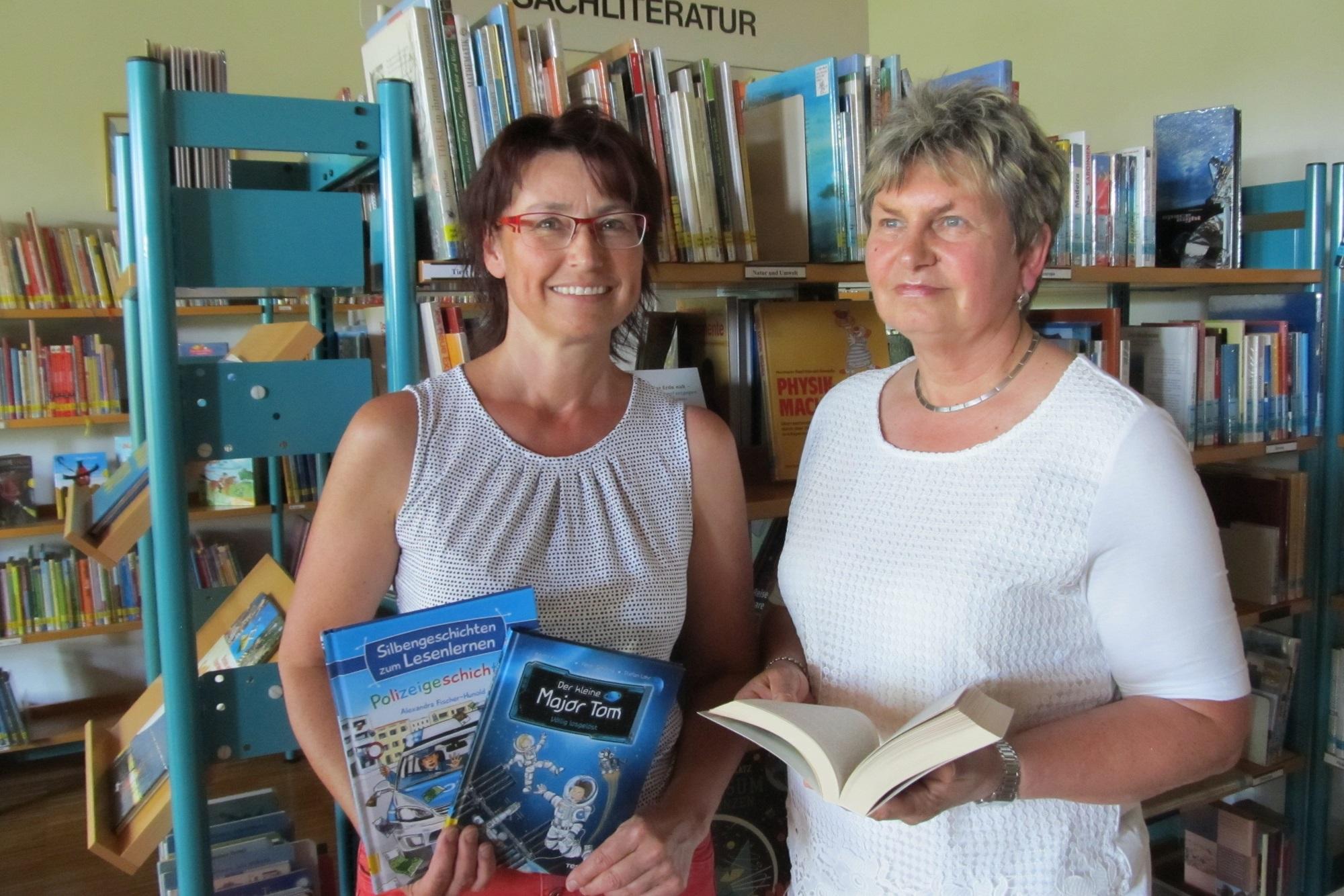 Kerstin Schaller und Yvonne Scherer-Ulrich präsentieren Kinderbücher