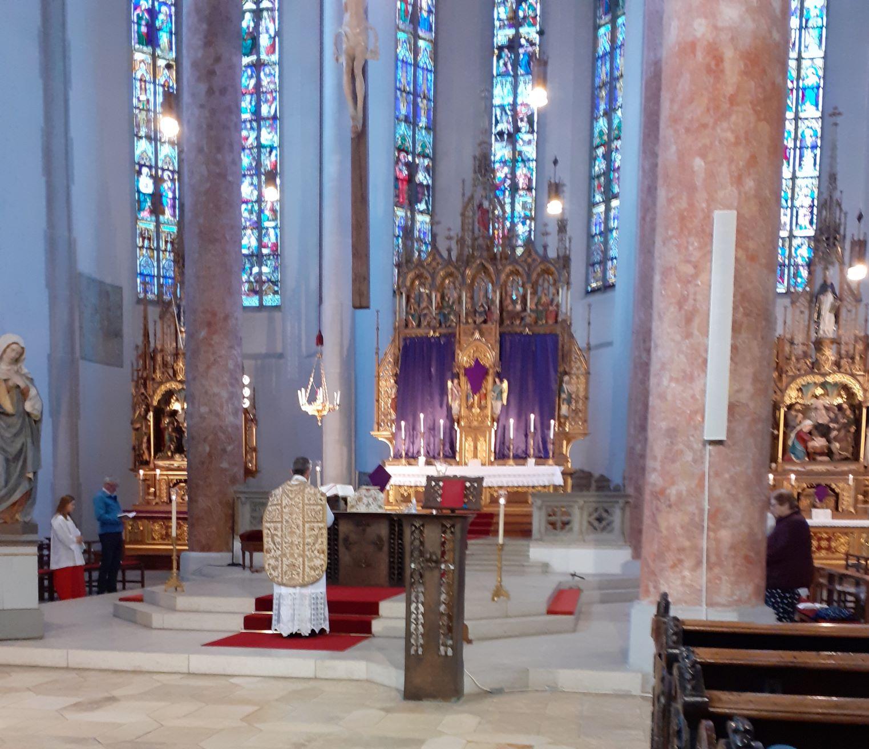 Gründonnerstag - Liturgie vom Letzten Abendmahl