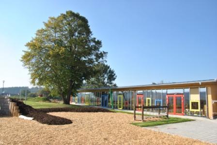 Blick von Süden auf den neuen Kindergarten