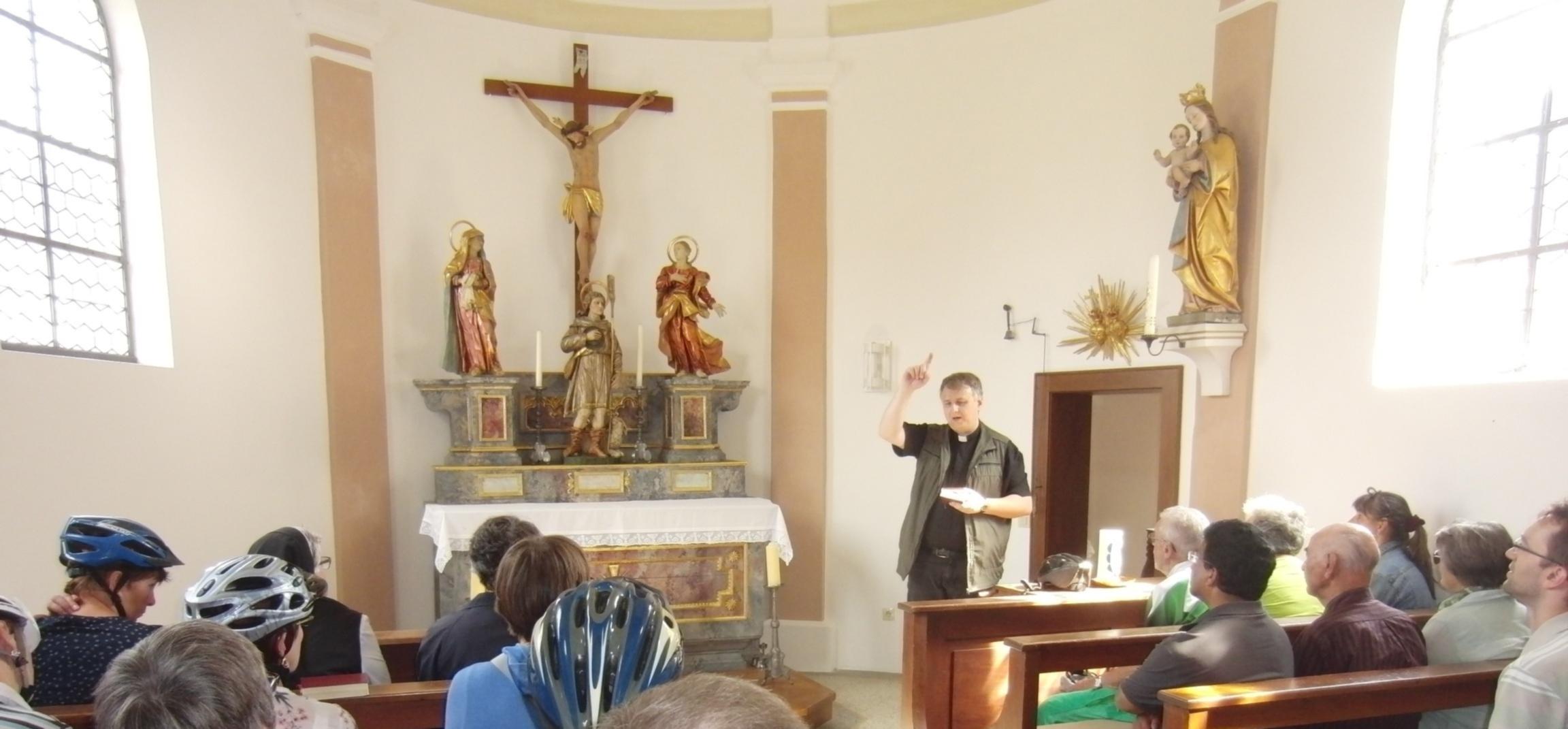 Hier noch  Informationen zur Kapelle.