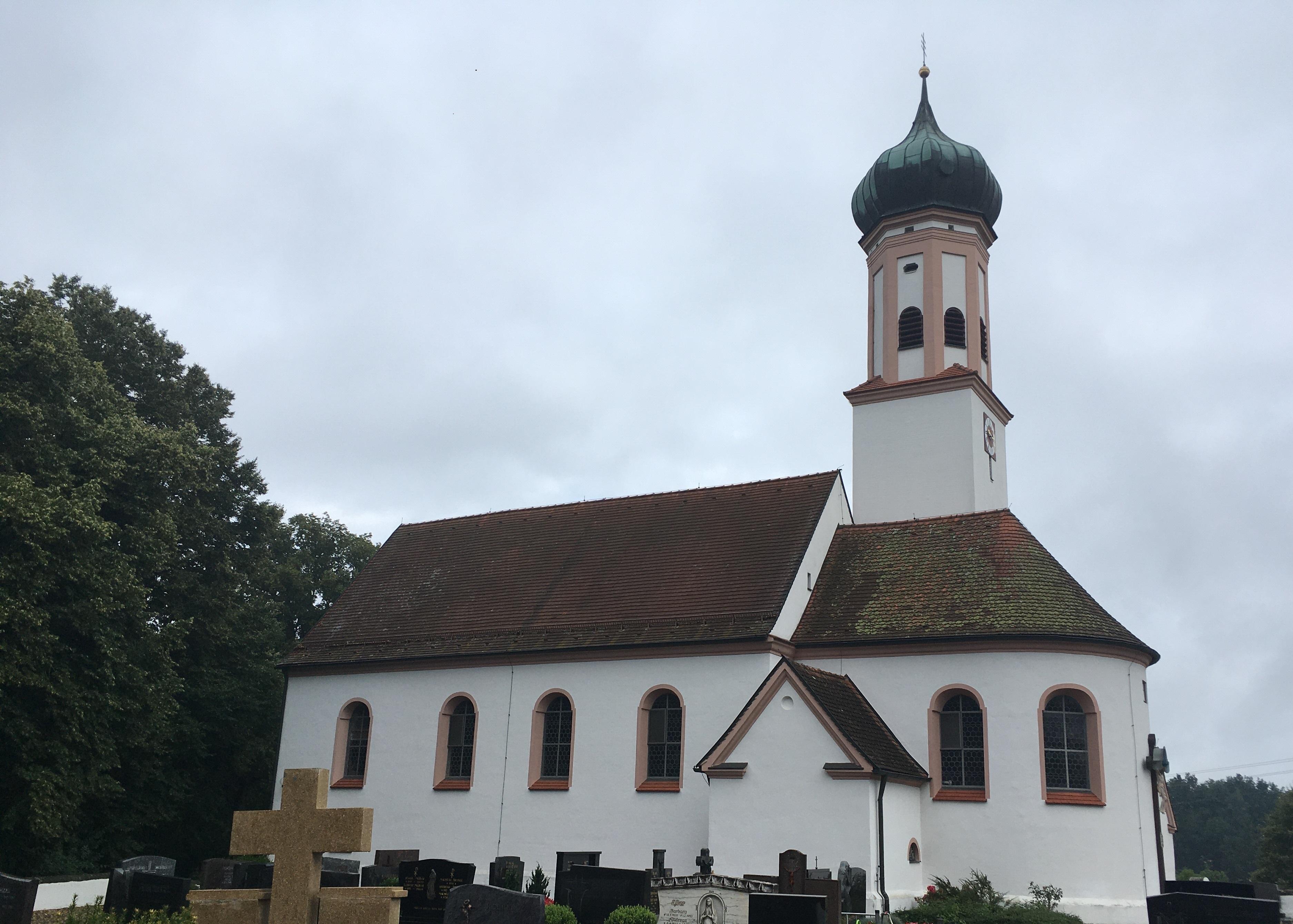 """Kirche """"St. Andreas"""" Prettelshofen"""