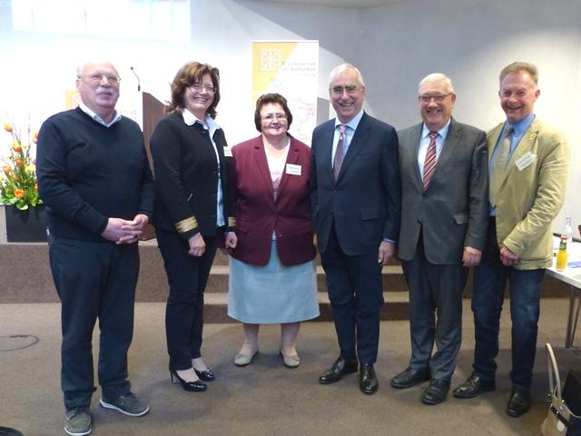 Die Referenten des Tages mit den Vorsitzenden des Diözesanrats und Josef Miller (Foto: Roswitha Böck, Diözesanrat)