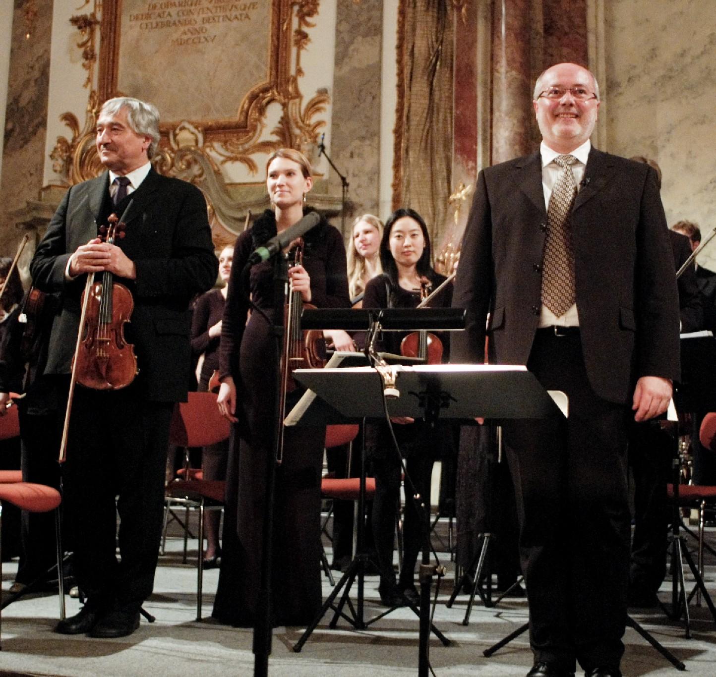 Konzertmeister Prof. Bernhard Tluck (li.) und Prof. Dr. Adalbert Keller.