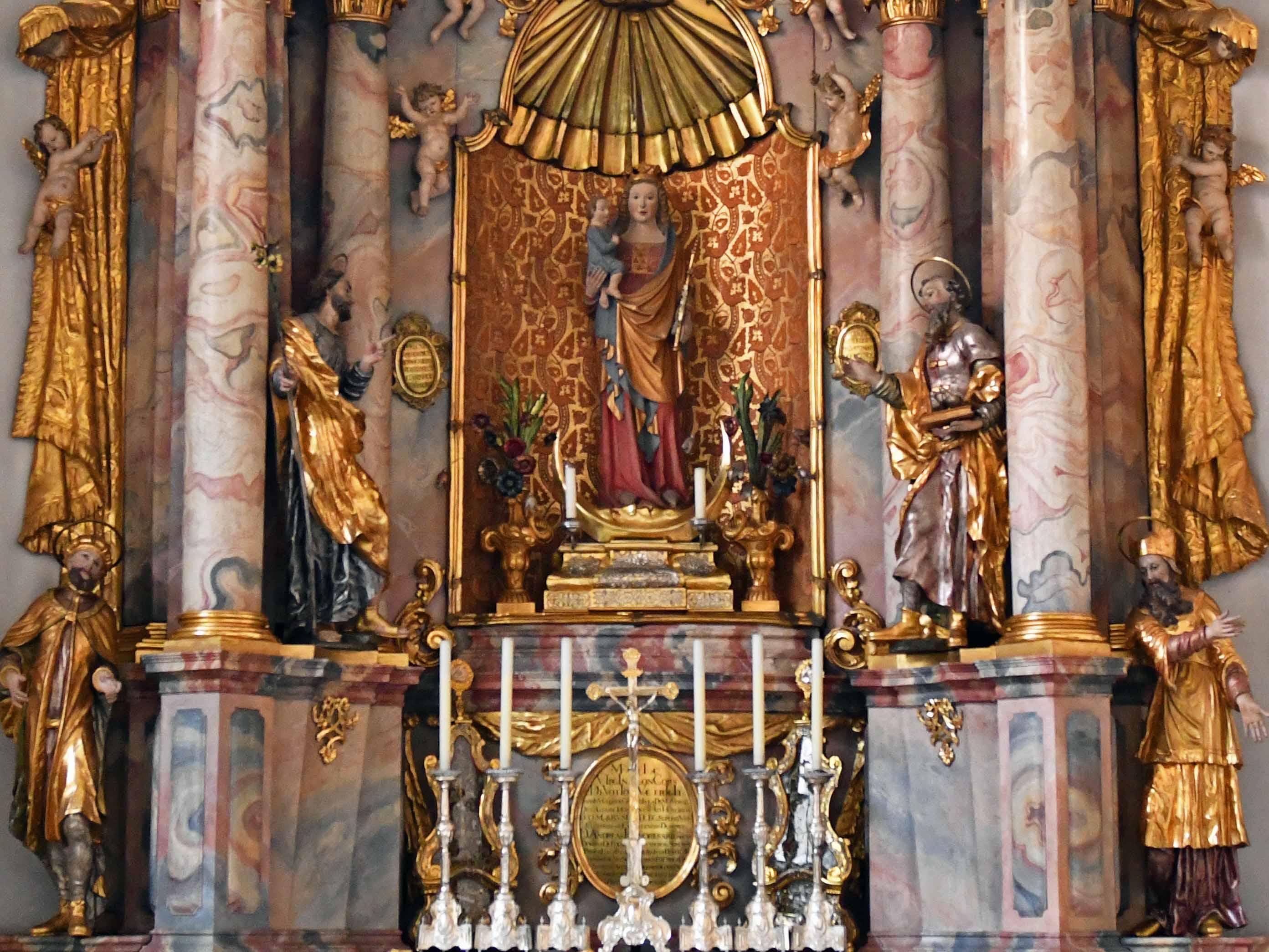 Mariendarstellung in der Marienkapelle des Augsburger Doms. (Foto: Julian Schmidt / pba)